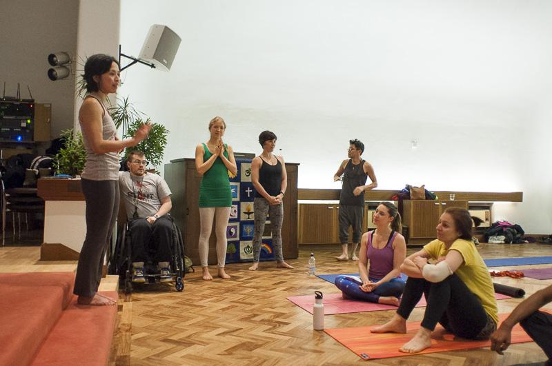 Lubos-Horvat_Yoga-108-Sun-Salutations_2014_19