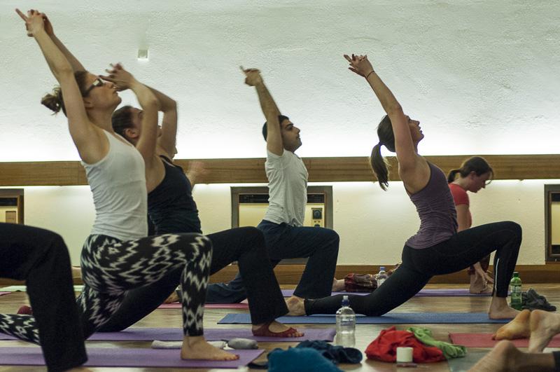 Lubos-Horvat_Yoga-108-Sun-Salutations_2014_30