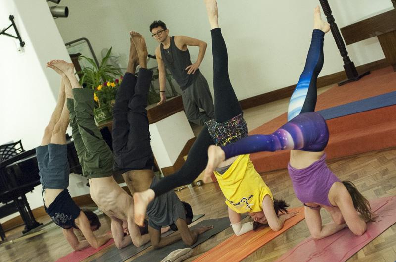 Lubos-Horvat_Yoga-108-Sun-Salutations_2014_32