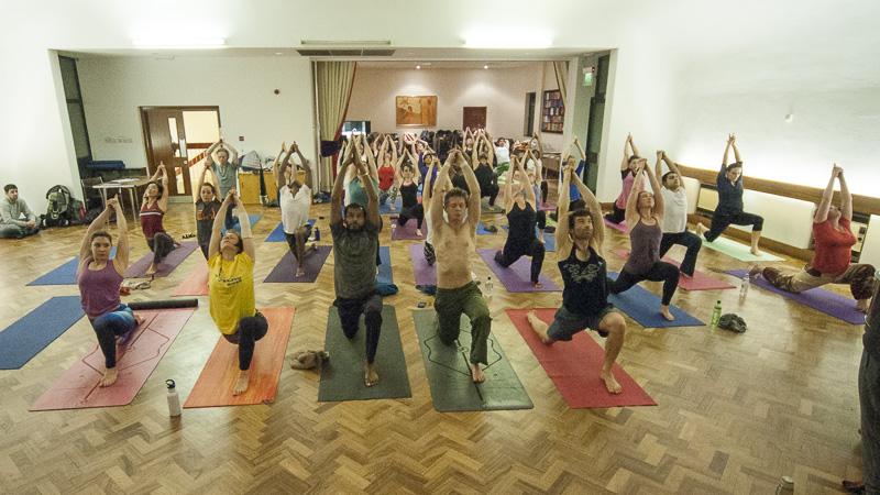 Lubos-Horvat_Yoga-108-Sun-Salutations_2014_38