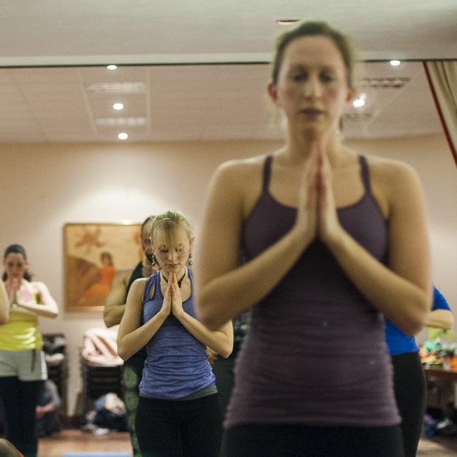 Lubos-Horvat_Yoga-108-Sun-Salutations_2014_41