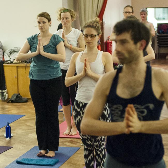 Lubos-Horvat_Yoga-108-Sun-Salutations_2014_83